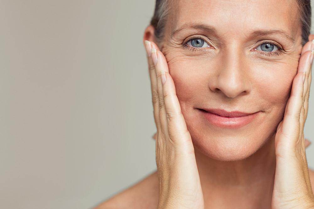 Anti-Aging-Massnahmen sind medizinische oder auch vorbeugende Massnahmen gegen visuelle Alterserscheinungen der Haut und des Körpers.